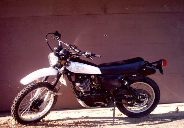 YAMAHA XT 500 S black