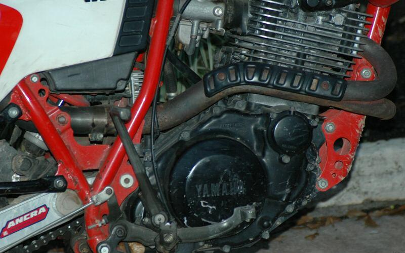 YAMAHA XT 600 red
