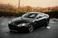 Aston Martin Vantage #8