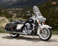 harley-davidson Touring Road King Classic #2