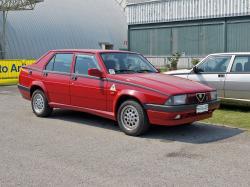 ALFA ROMEO 75 2.0 red