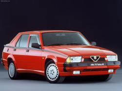 ALFA ROMEO 75 red