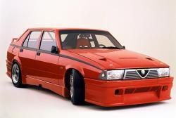ALFA ROMEO 75 red
