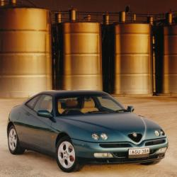 ALFA ROMEO GTV green