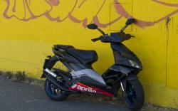APRILIA 50 black