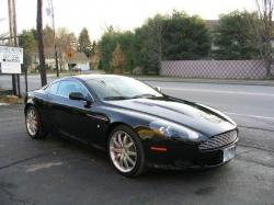 ASTON MARTIN DB black