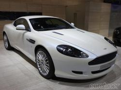ASTON MARTIN DB white