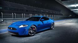 ASTON MARTIN DBS blue