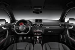 AUDI 100 2.1 interior