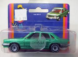 AUDI 200 green