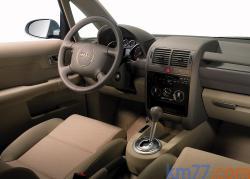 AUDI A2 1.2 interior