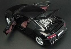 AUDI R8 4.2 black