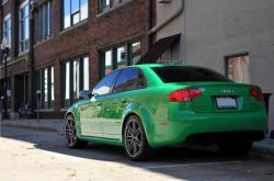 AUDI RS 6 green