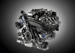 AUDI S8 engine