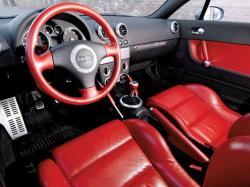 AUDI TT 1.8 interior