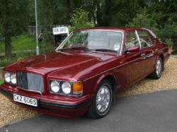 BENTLEY BROOKLANDS red