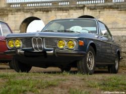 BMW 2800 black