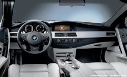 BMW 5 M5 white