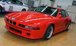 BMW 8 red