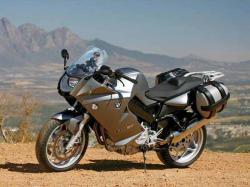 BMW F 800 ST silver