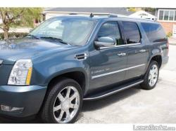 CADILLAC ESCALADE blue