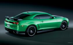 CHEVROLET CAMARO green