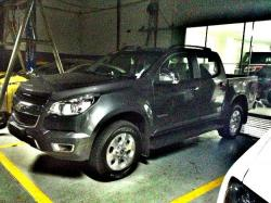 CHEVROLET COLORADO 4X4 black