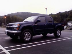 CHEVROLET COLORADO 4X4 green
