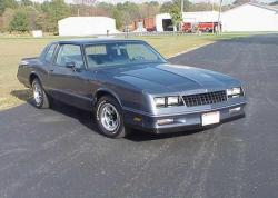 CHEVROLET MONTE CARLO COUPE blue
