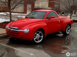 CHEVROLET SSR brown