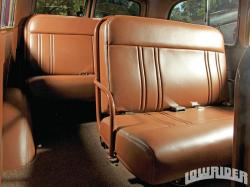 CHEVROLET SUBURBAN brown