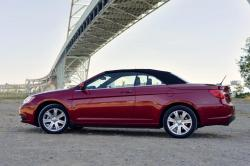 CHRYSLER 200 CONVERTIBLE red