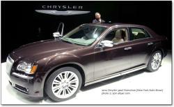 CHRYSLER 300C brown
