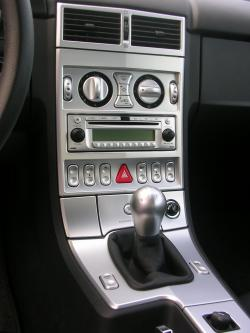 CHRYSLER CROSSFIRE interior