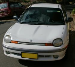 CHRYSLER NEON white
