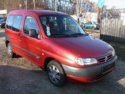 CITROEN BERLINGO red