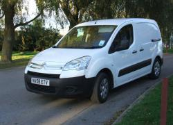 CITROEN BERLINGO white
