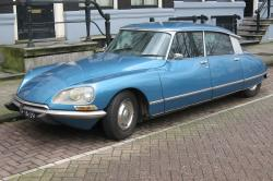 CITROEN DS 19 blue