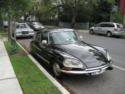 CITROEN DS black