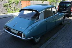 CITROEN DS blue