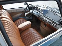 CITROEN DS interior