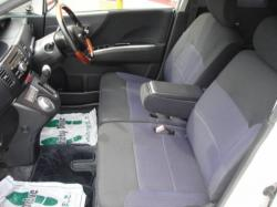 DAIHATSU MOVE RS interior