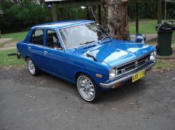 DATSUN 1200 blue