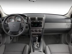 DODGE AVENGER SE interior