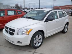 DODGE CALIBER white
