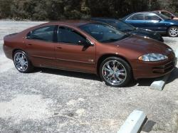 DODGE INTREPID red