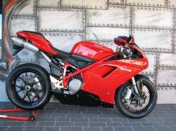 DUCATI 848 red