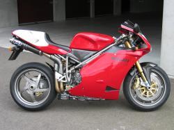 DUCATI 996 R red