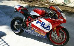 DUCATI 999 R red
