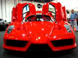 Ferrari Enzo by Naiyyer